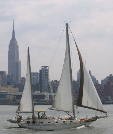 Duna-under sail-NYC